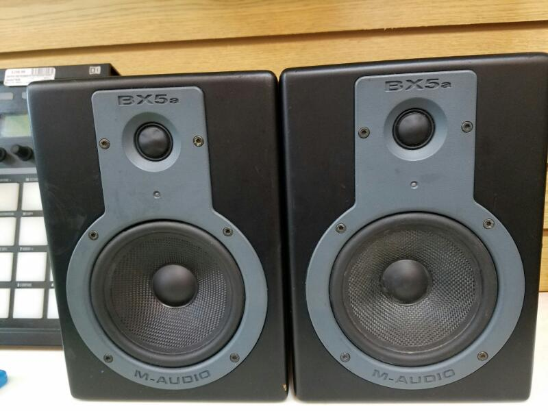 M AUDIO Electronic Instrument BX5A Pair