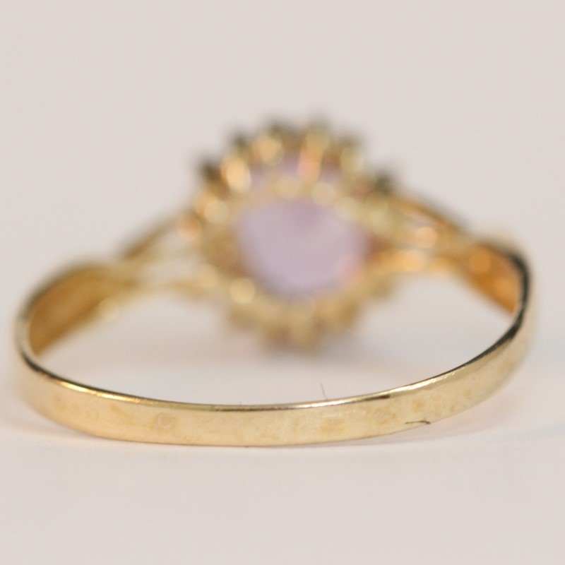 Vintage Inspired Twisted 10K Yellow Gold Amethyst Ring Size 6.5
