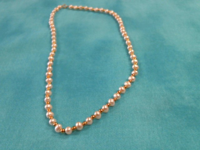 Synthetic Pearl Stone Necklace 14K Yellow Gold 7dwt