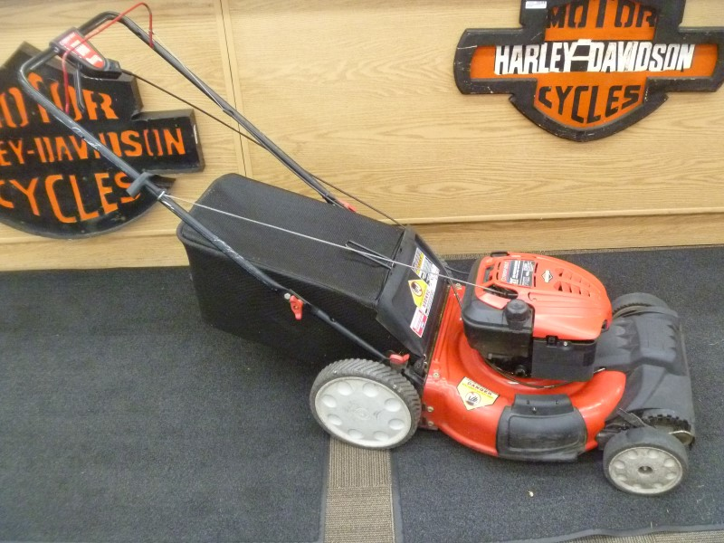 TROY-BILT 190CC GAS 21 IN. TRUE VARIABLE SPEED SELF-PROPELLED MOWER WITH BAG