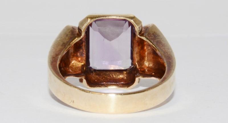 10K Men's Yellow Gold Bezel Emerald Cut Amethyst Ring Size 9.5