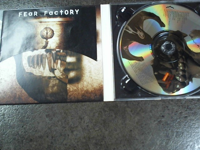 FEAR FACTORY: OBSULETE!