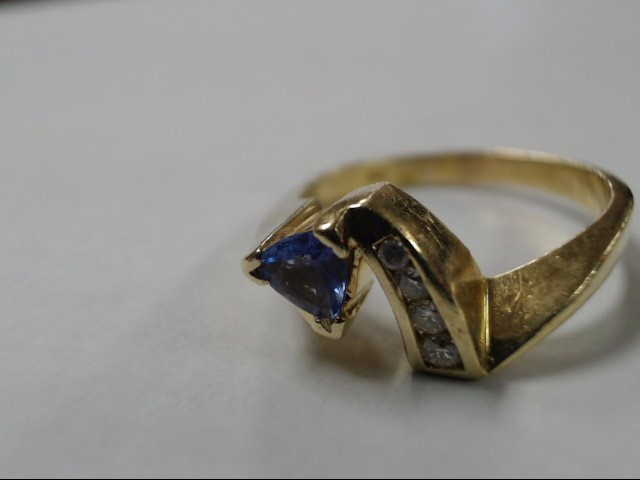 Lady's Gold Ring 18K Yellow Gold 6g