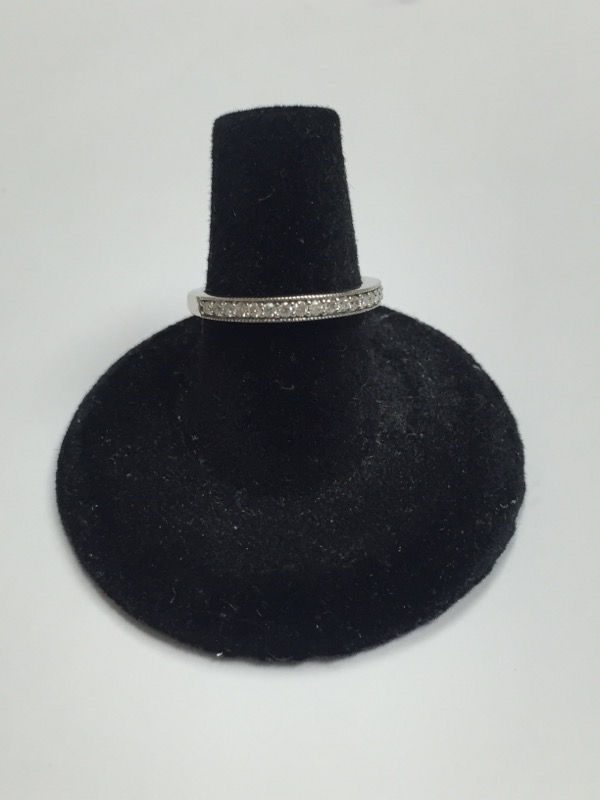 Lady's Diamond Wedding Band 18 Diamonds .18 Carat T.W. 14K White Gold 1.6dwt