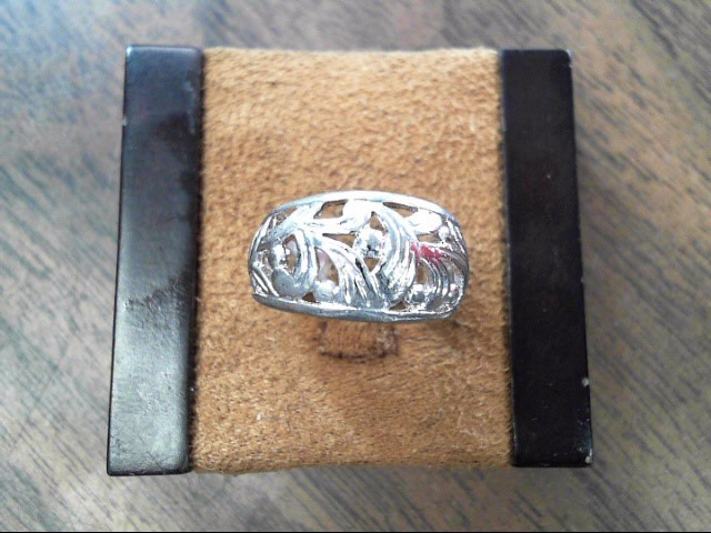 Lady's Silver Ring 925 Silver 3.9dwt