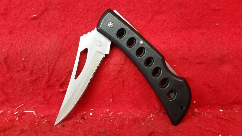 Frost Cutlery Folding Pocket Knife - Partially Serrated Blade