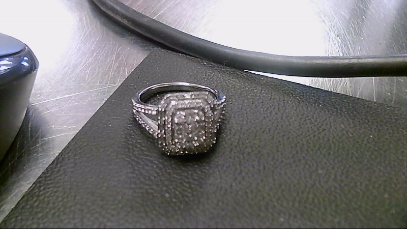 Lady's Diamond Cluster Ring 92 Diamonds 2.12 Carat T.W. 14K White Gold 5.1g