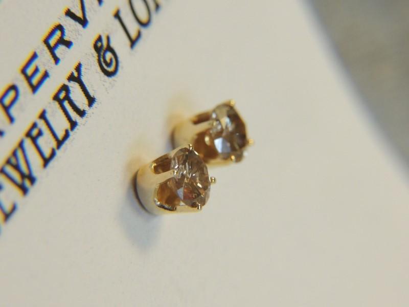 Gold-Diamond Earrings 2 Diamonds 1.00 Carat T.W. 14K Yellow Gold 1g
