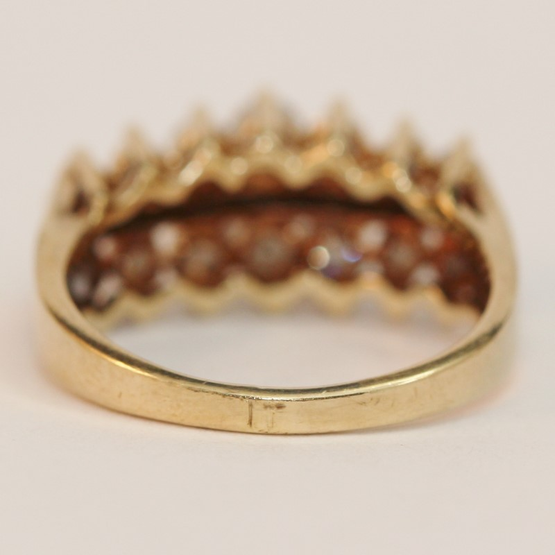 10K Yellow Gold Brilliant Diamond Bead Set Cluster Ring Size 7.3