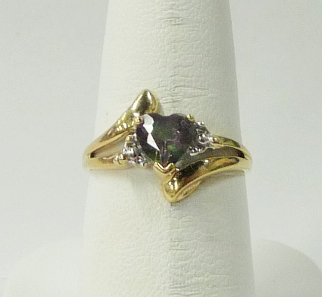 Synthetic Alexandrite Lady's Stone Ring 10K Yellow Gold 1.61dwt