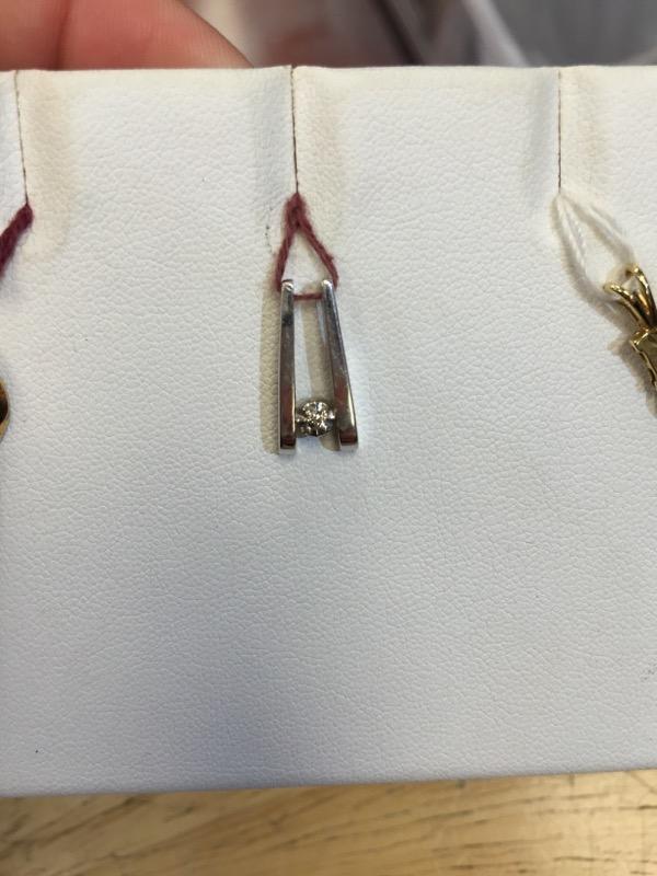 Gold-Diamond Solitaire Pendant .02 CT. 10K White Gold 1.3g