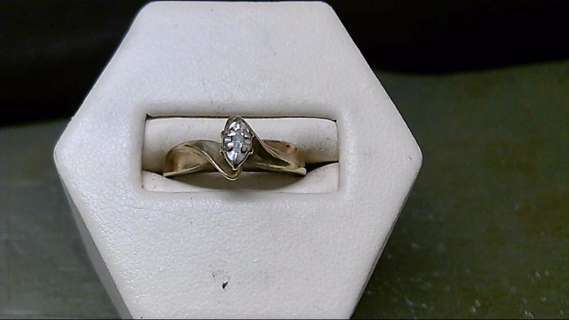 Lady's Diamond Engagement Ring .02 CT. 10K Yellow Gold 2.85g Size:5