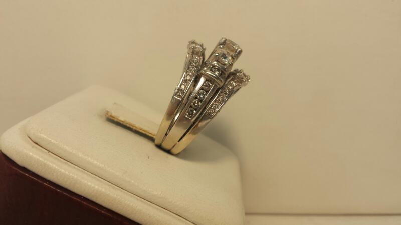 14k White Gold Wedding Set with 83 Diamonds at 2.77ctw - 7.7dwt - Size 7
