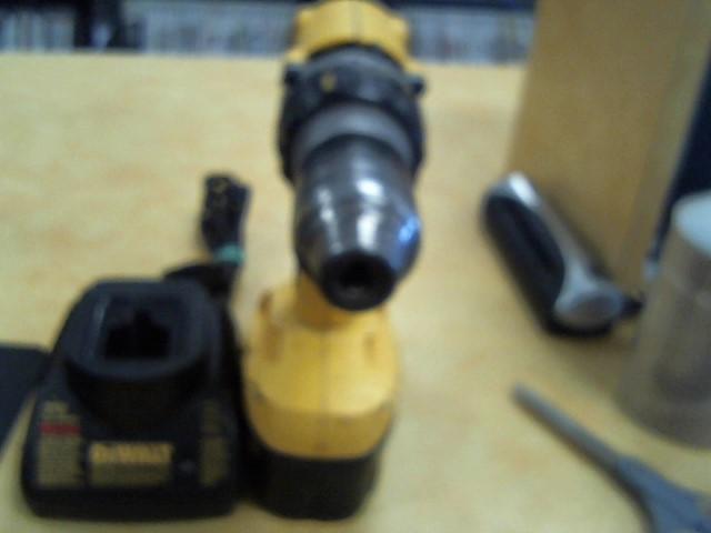 DEWALT Cordless Drill 18 VOLT CORDLESS DRILL 18 VOLT CORDLESS DRILL