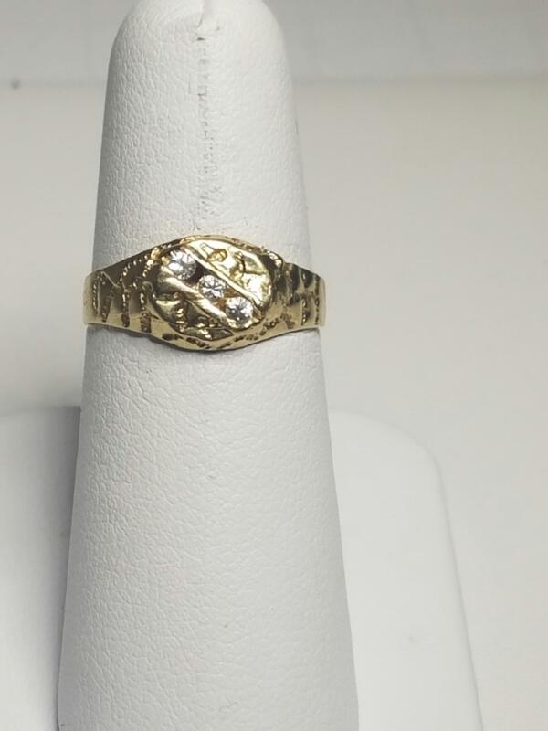 WHITE STONE(S)  FASHION RING L'S 10KT WHITE STONE(S)  2.0/Y