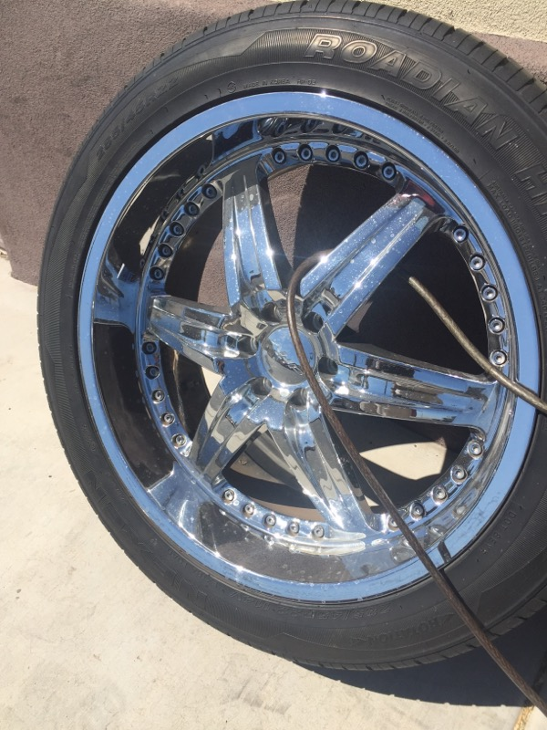"DRIV Wheel MOONSHINE 22"" RIMS"