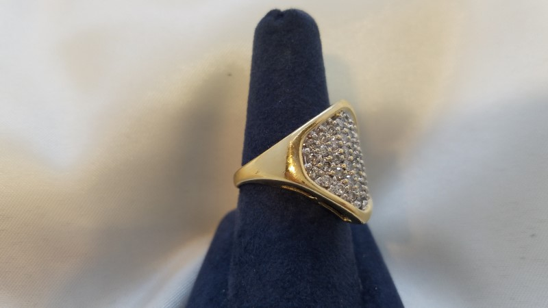 Lady's Diamond Cluster Ring 33 Diamonds .99 Carat T.W. 14K Yellow Gold 5.9g