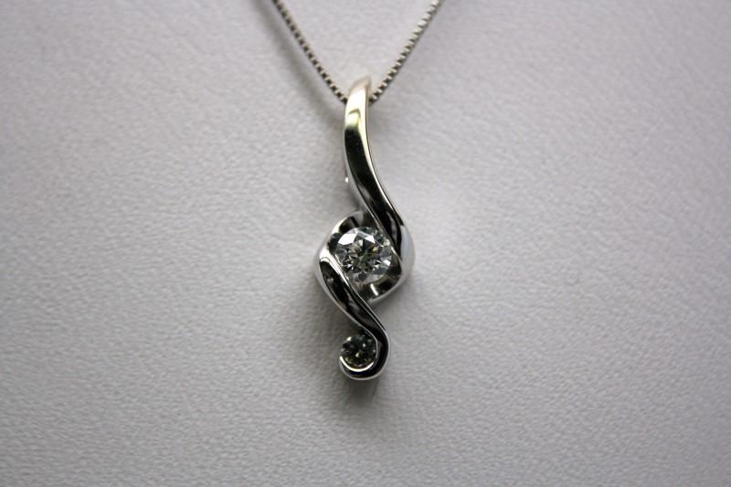 FASHION DIAMOND PENDANT 14K WHITE GOLD