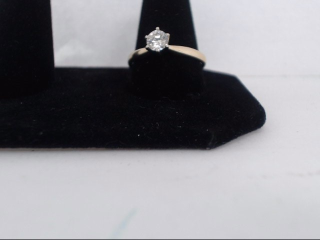 Lady's Diamond Solitaire Ring .40 CT. 14K Yellow Gold 2.2g