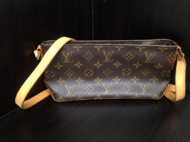 LOUIS VUITTON Handbag TROTTEUR