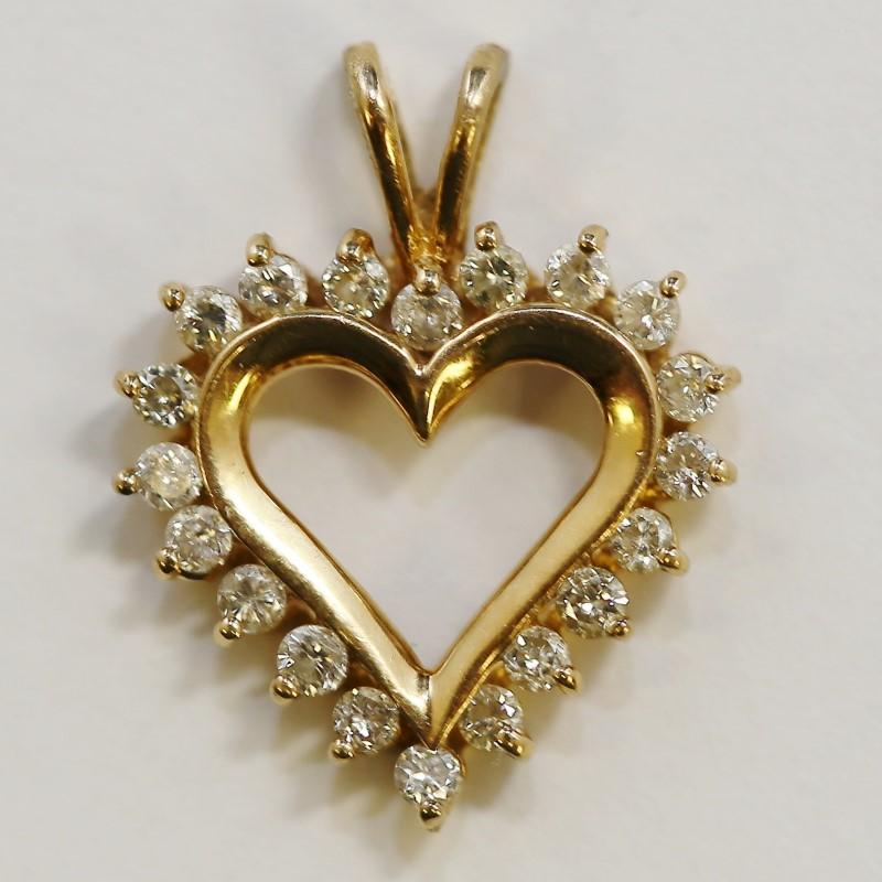 14K Yellow Gold Heart Shaped Multi Brilliant Diamond Pendant