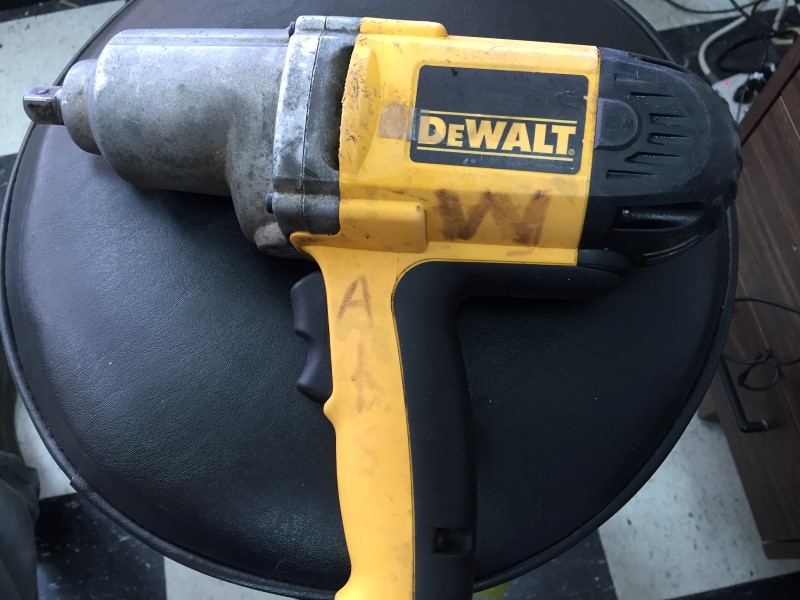 """Dewalt DW292 1/2"""" Drive Corded Electric Impact Wrench"""
