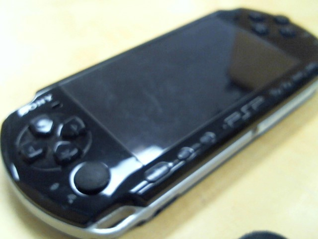 SONY PlayStation Portable PSP 3001 - HANDHELD