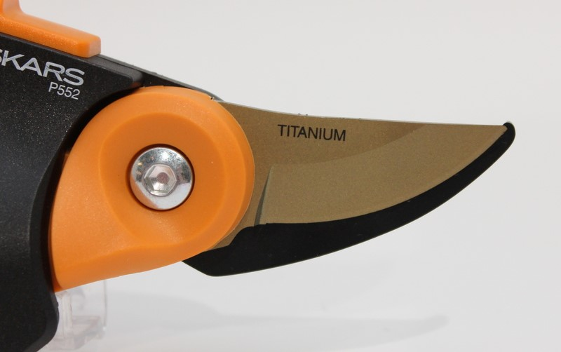 "FISKARS PowerGear 2 Titanium Pruner P552 Cuts Up to 3/4"" Free Ship>"