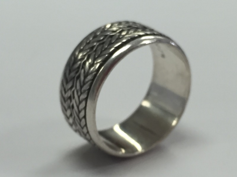 WOVEN TREAD STERLING SILVER RING Size:7