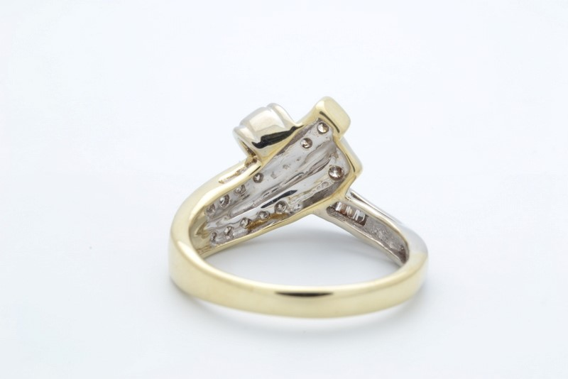 ESTATE DIAMOND CLUSTER RING BAND SOLID 10K GOLD FINE KNOT SIZE 7