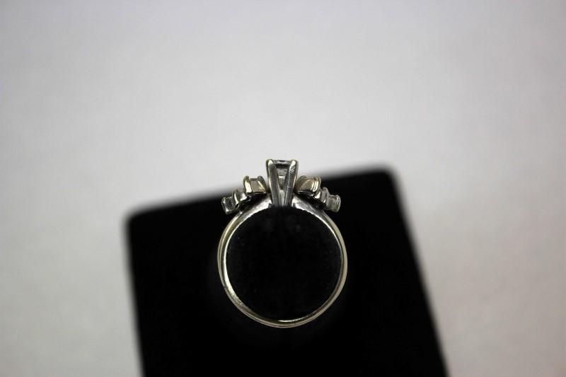 Lady's Diamond Wedding Set 11 Diamonds .79 Carat T.W. 14K White Gold 5g Size:5