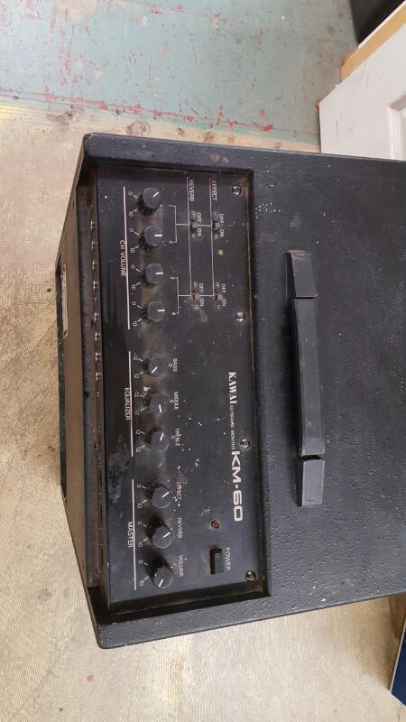 KAWAI Keyboard Amp KM-60
