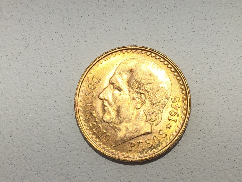 1945 Mexico Dos Y Medio .900 Gold Coin