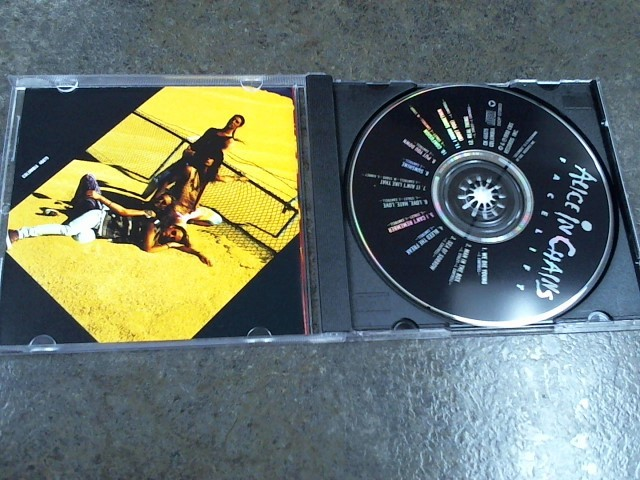 ALICE IN CHAINS CD FACELIFT