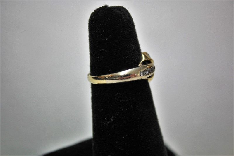 Lady's Diamond Fashion Ring 14 Diamonds .38 Carat T.W. 14K Yellow Gold 3.8g