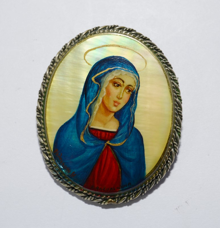 Vintage Russian Mother of Pearl Virgin Mother Mary Fedoskino Brooch/Pin