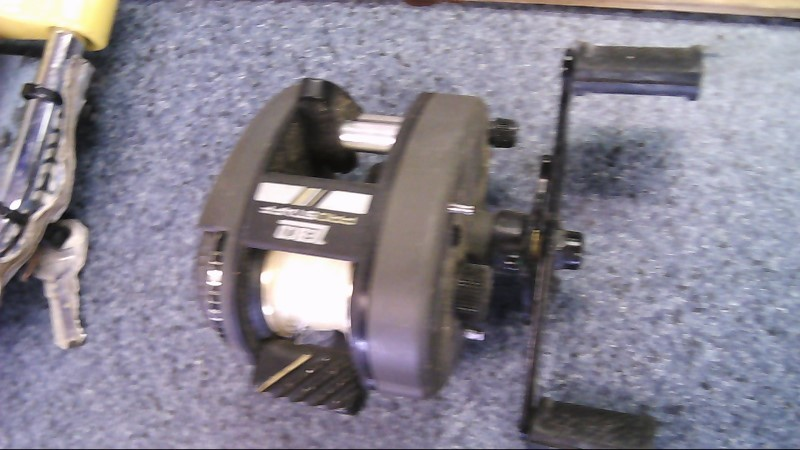 ZEBCO Fishing Tackle PS20 REEL