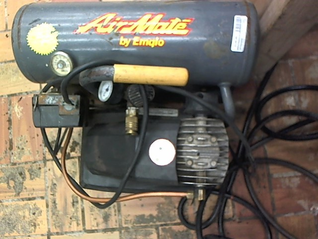 EMGLO PRODUCTS Air Compressor AIRMATE
