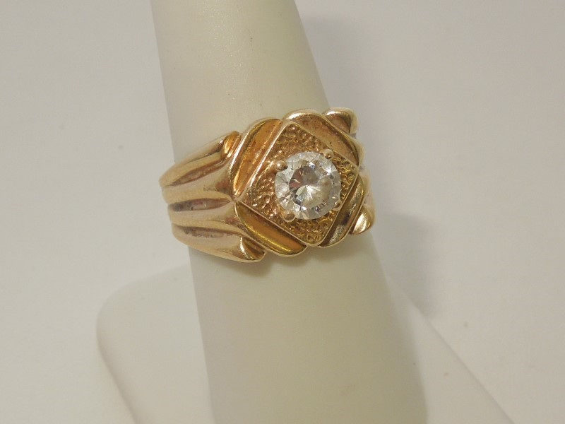 Synthetic Cubic Zirconia Lady's Stone Ring 10K Yellow Gold 5.8g Size:7