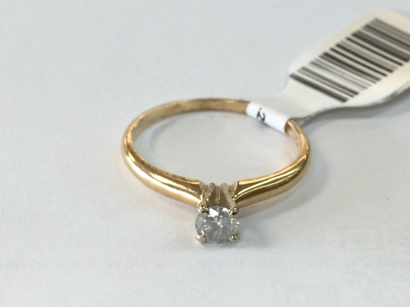 Lady's Diamond Solitaire Ring .20 CT. 14K Yellow Gold 1.2dwt Size:7