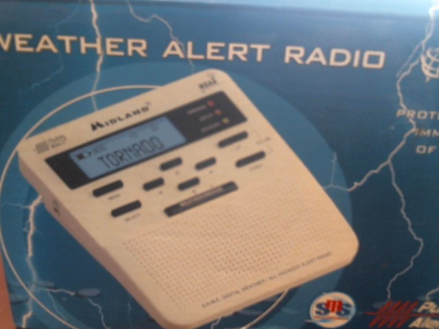 MIDLAND WEATHER RADIO WR-100