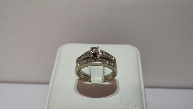 14k White Gold Ring Set wtih 20 Diamonds .46ctw - 3.2dwt - Size 5.5