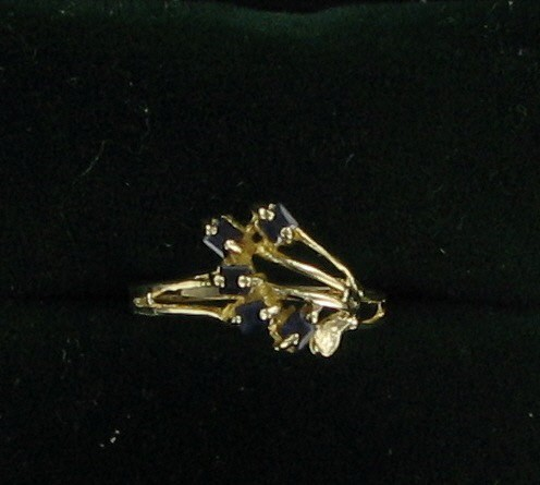 Blue Stone Lady's Stone Ring 10K Yellow Gold 0.7dwt