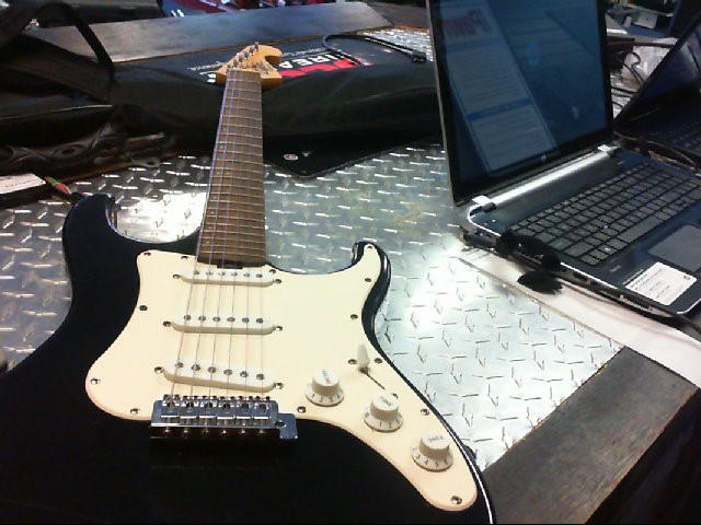 LYON BY WASHBURN Electric Guitar STRATOCASTER