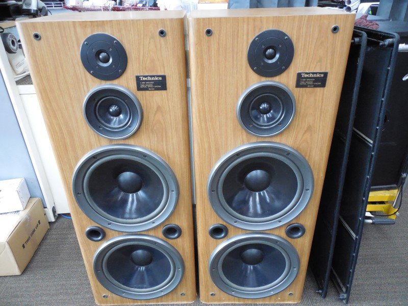 "TECHNICS SPEAKER/SUBWOOFER SB-A52 12"" TOWERS"