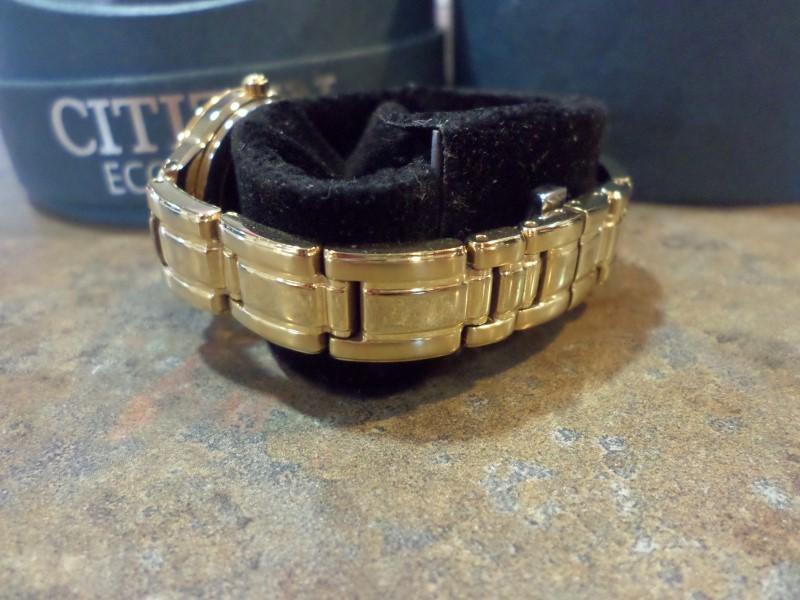 CITIZEN Lady's Wristwatch CITIZEN GN-DW-SA9