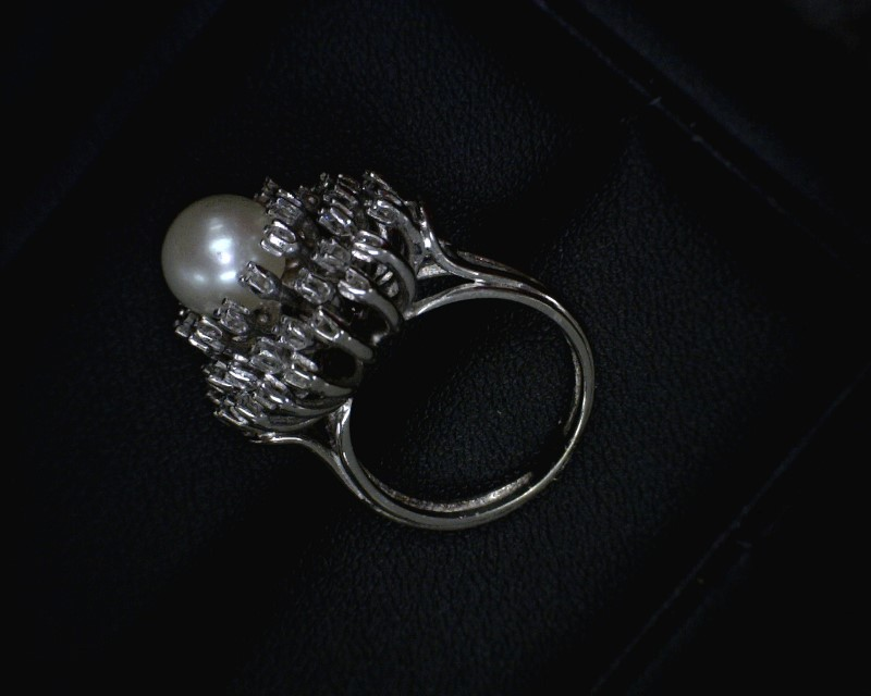 Synthetic Pearl Lady's Stone & Diamond Ring 40 Diamonds .40 Carat T.W.