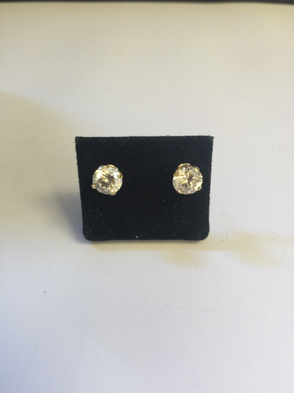 Synthetic Cubic Zirconia Gold-Stone Earrings 10K Yellow Gold 1.4g