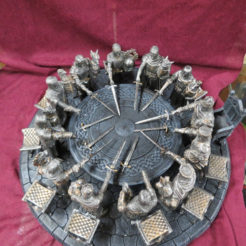 "12 Knights of the Round Table, King Arthur, Throne, Stools, Swords - 6"" Knights"