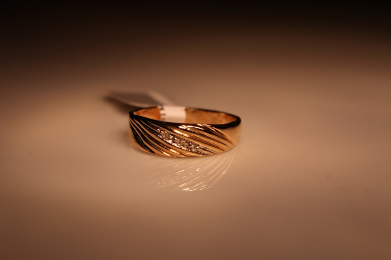 Gent's Diamond Fashion Ring 3 Diamonds .03 Carat T.W. 14K Yellow Gold 3.11g